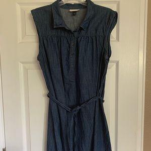 Knee length cap sleeve denim dress
